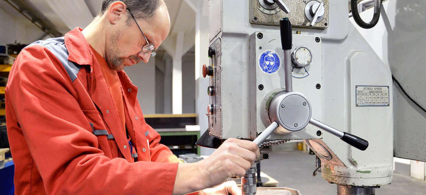 Header für Metallbauhelfer oder Kunststoffhelfer (m/w/d)